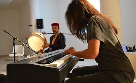fig.-1_Elisabetta-Serio-e-Marzouk-Mejri_in-concerto