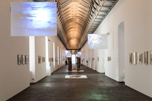 Veduta dell'allestimento.Courtesy Castello di Rivoli Museo d'Arte Contemporanea - Rivoli, Torino 2013  Foto: Andrea Guermani