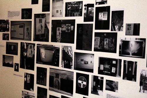 L'Uomo Elettronico, ADD Festival 2011, Roma, Macro Testaccio: particolare. Collage degli sticker urbani esposto su muro. Curtesy of: Giulia Leporatti