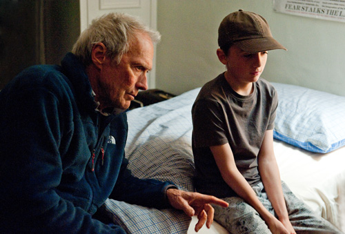 Hereafter, regia di Clint Eastwood, 2011