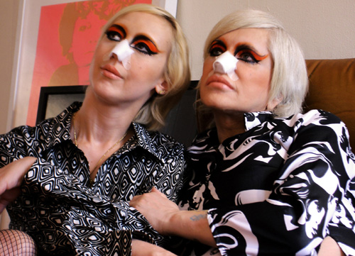 Genesis P-Orridge e Lady Jaye Breyer from The Ballad of Genesis and Lady Jaye, 2011