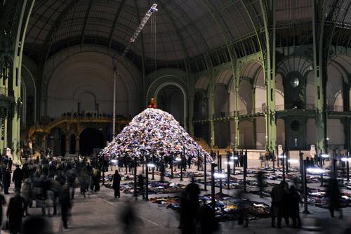 Christian Boltanski, Personnes, Monumenta 2010