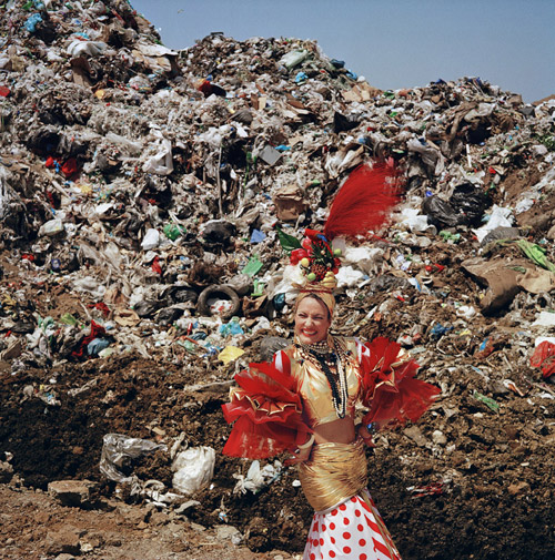 Goldiechiari, Dump Queen, 2008