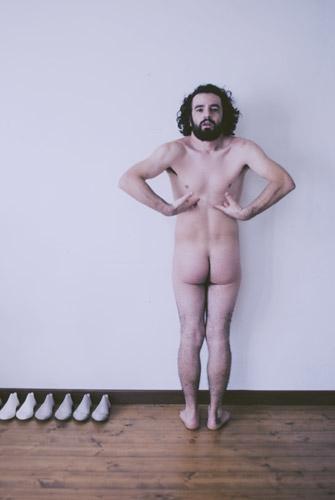 Erjon Nazeraj (fotografia di Valentina Scaletti), Autoritratto, 2012
