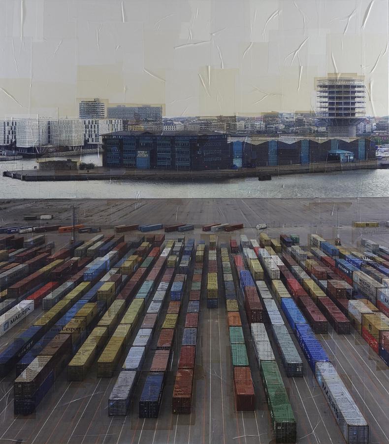 Nicolò Quirico, Copenaghen, i regoli, 2013. Stampa fotografica su collage di pagine di libri d'epoca, cm 170x150