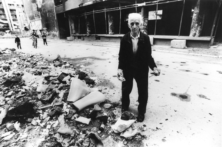 Nel centro storico, Sarajevo, 1993