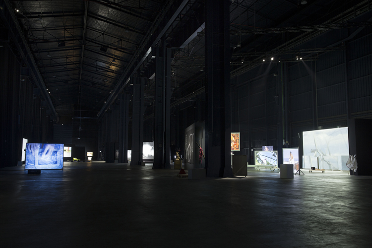 Joan Jonas, Light Time Tales 2014. Installation views, Fondazione HangarBicocca Milano. Photo by Agostino Osio. Courtesy Fondazione HangarBicocca Milano
