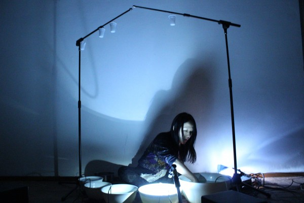 Tomoko Sauvage, performance, Raum, Bologna, 2014