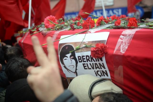 Murat Saca, Funerali di Elvan Berkin, Istanbul, marzo 2014