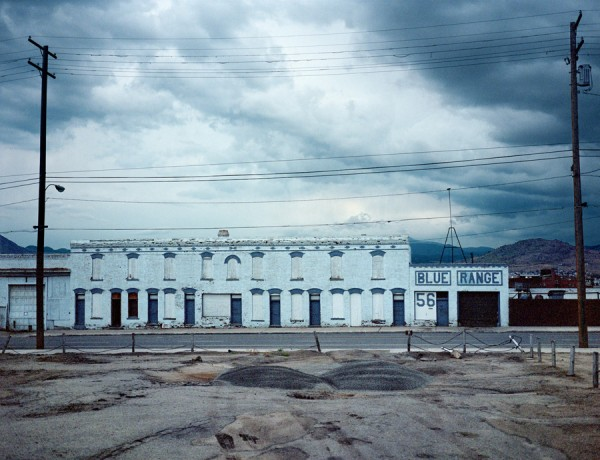 Wim Wenders, Blue Range, Butte, Montana © for the reproduced works and texts by Wim Wenders: Wim Wenders/Wenders Images/Verlag der Autoren, 2000
