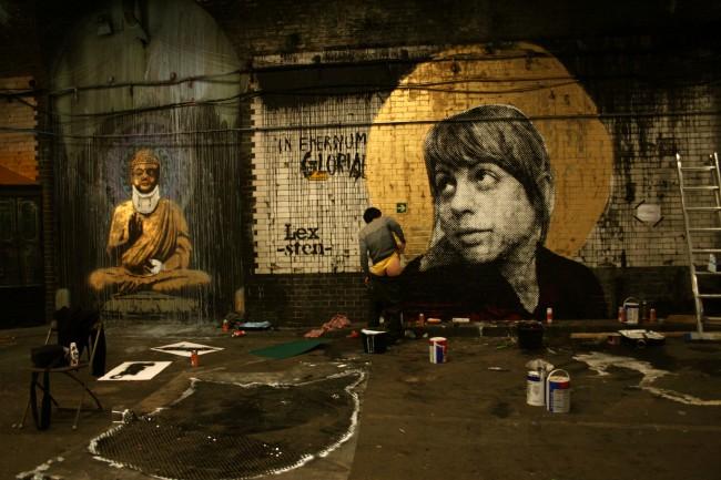 Banksy e Sten&Lex. Cans Festival, Londra, 2008 © Wikimedia Commons