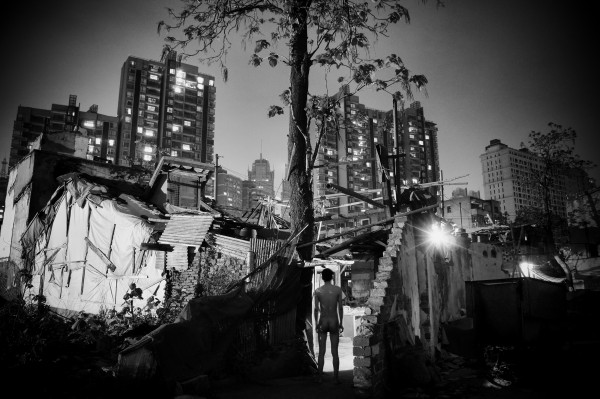 Liu Tao, A Weak Road n°99, 2012, photo 40x60cm