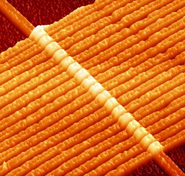 Una delle prime immagini di un memristor, dai laboratori di Hewlett Packard