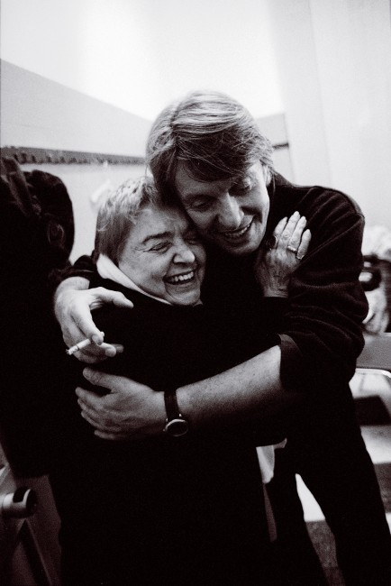 Fernanda Pivano con Fabrizio De Andrè, Milano 1997 (foto Guido Harari)