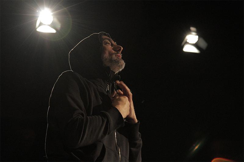 Michele Abbondanza in SOLO PER..., 2015. Foto di Andrea Baldassarri
