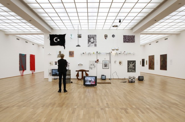 Galerie im Regierungsviertel/The Forgotten Bar Projekt, The Forgotten Years 2007 - 2011, based in Berlin 2011, Photo by Amin Akhtar