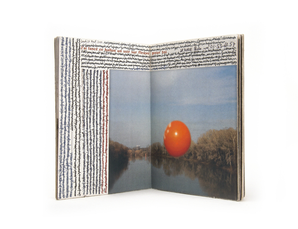 Sensa titolo, particolare da Nul jour, 2002-2015.Courtesy of the artist. Copyright Rencontres Arles