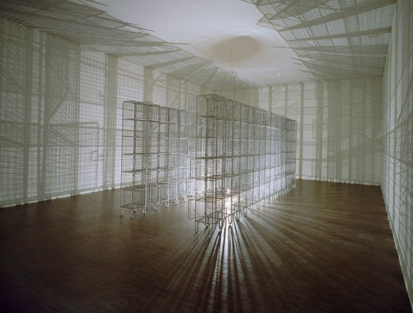 Mona Hatoum - Light Sentence © Centre Pompidou, Musée National d'Art Moderne, AM 2009-56 © Photo Ce