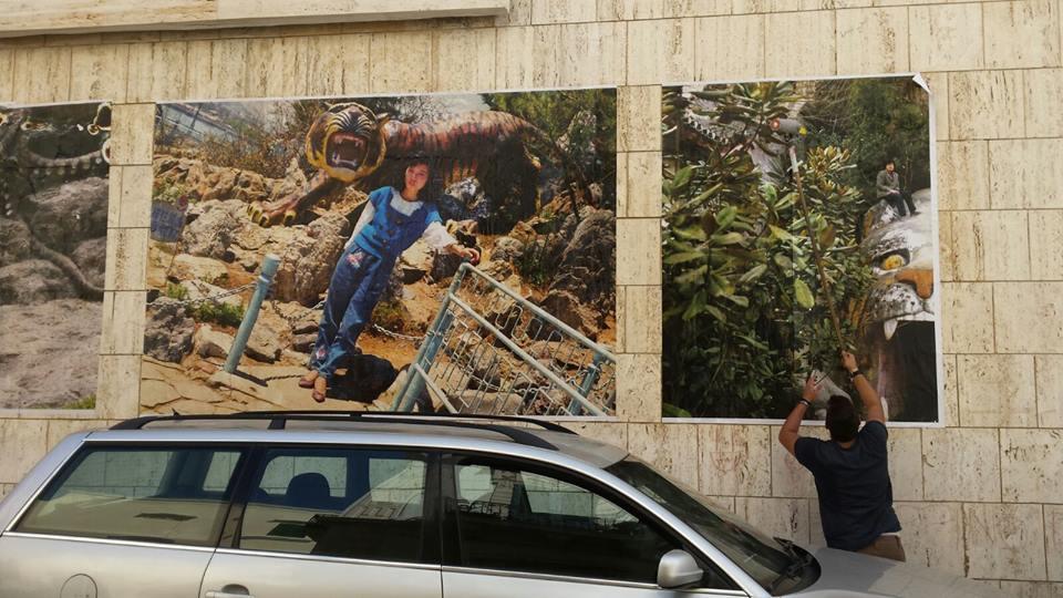 """Installazione dell'esposizione """"Beijing Silvermine"""" di Thomas Sauvin Gallipoli, Bitume Photofest 2015"""