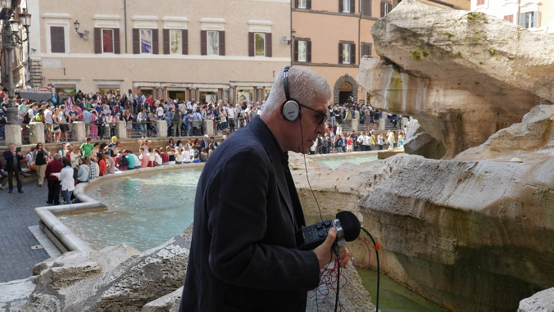 Bill-Fontana-–-Sonic-Mappings-2014-–-backstage-alla-Fontana-di-Trevi-Roma.-Courtesy-the-artist-800x450
