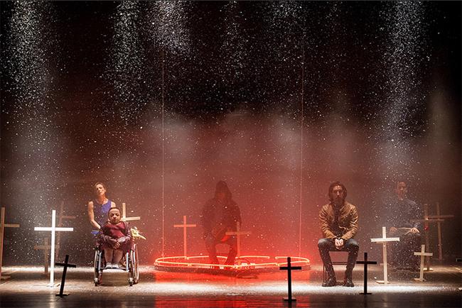 """Babilonia Teatri, """"David è morto"""", 2015. Foto di Eleonora Cavallo"""