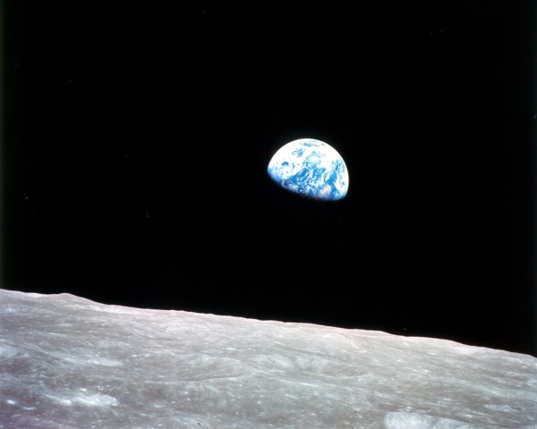 William Anders, Earthrise, 1968, copyright NASA