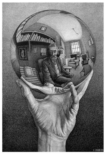 Mano con sfera riflettente, 1935 Litografia,© 2016 The M.C. Escher Company The Netherlands. All rights reserved