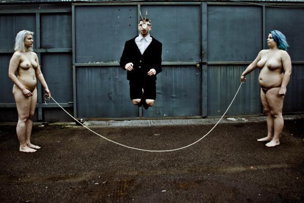 Annaki_the rope_ph_Danius Monoceros