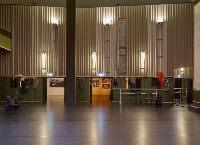 Ricostruzione del cinema Lichtburg in mostra. Foto: Simon Vogel, 2016 © Kunst- und Ausstellungshalle der Bundesrepublik Deutschland GmbH