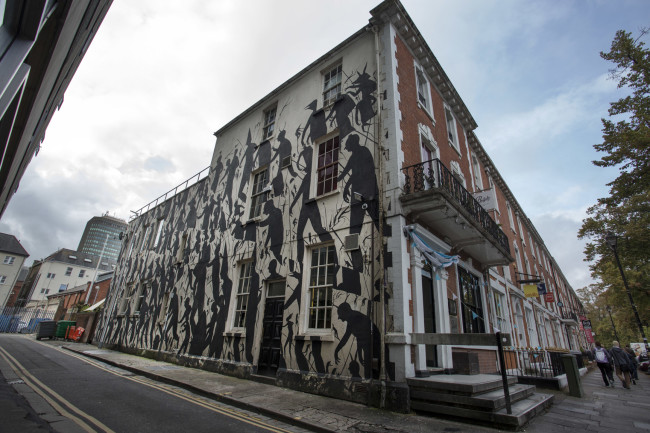 David de la Mano, Empty Walls Festival, 2014, Cardiff, UK. Courtesy Wunderkammern.