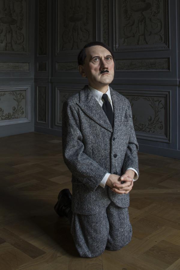 Maurizio Cattelan, Him, 2001. Photo : Zeno Zotti. Vista della mostra Maurizio Cattelan, Not Afraid of Love, Monnaie de Paris