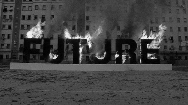 Parola Bruciata, El Cabanyal, Valencia, Spagna. Luglio 2012 Courtesy Studio Santiago Sierra