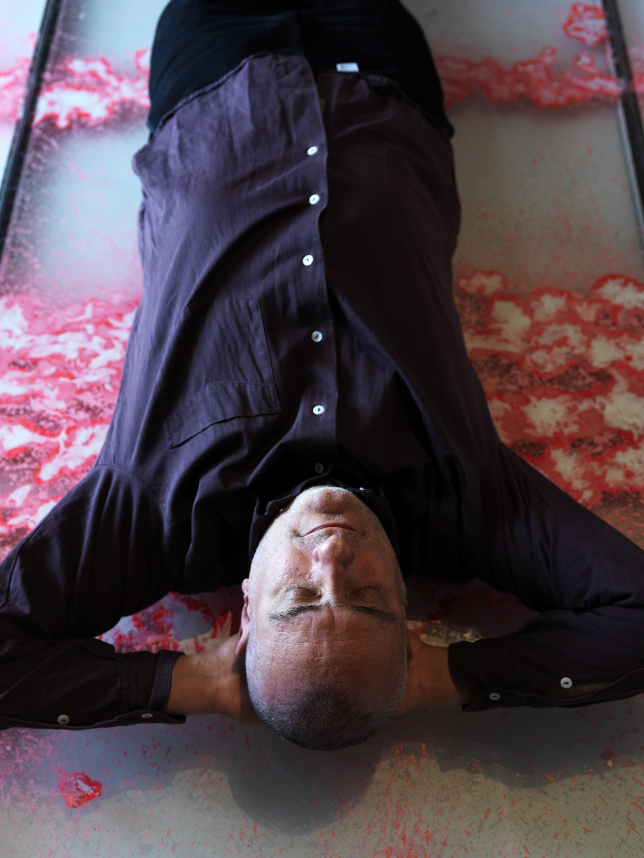 Alfredo Pirri, Ritratto sdraiato su Arie ©PhotoAndrea Martiradonna