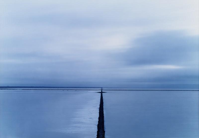 Ameland Pier I, Paesi Bassi, 2000 © Elger Esser 2017. Courtesy Galleria Alessandra Bonomo
