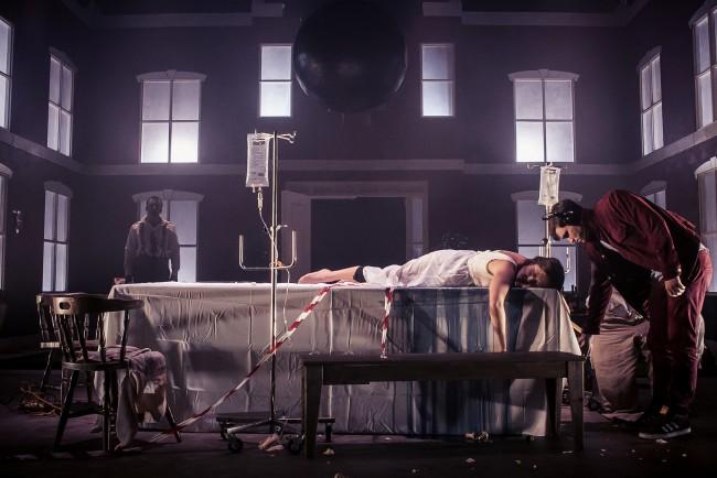 Dead Centre, Chekhov's First Play. Credits foto: Jose Miguel Jimenez