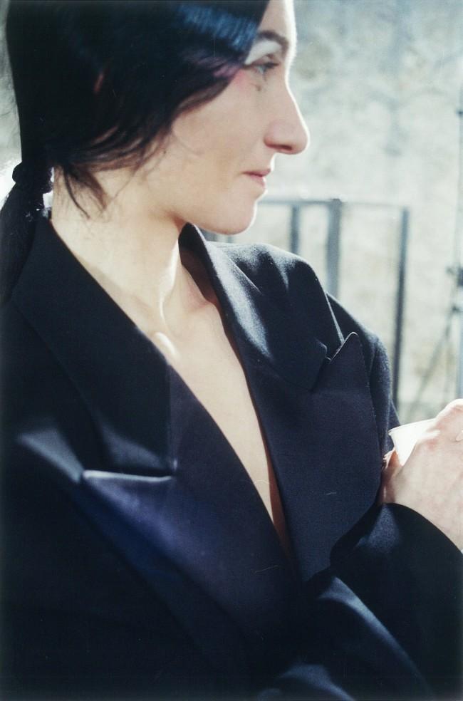 Mika'Ela Fisher Maison Martin Margiela, . Giacca anni '90 – Wikimedia Commons