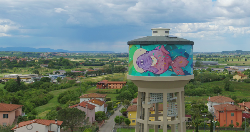 Torre pensile dipinta da Refreshink, Montopoli (Pisa), Rainbow 2019. Ph. Claudio Bellosta Studio
