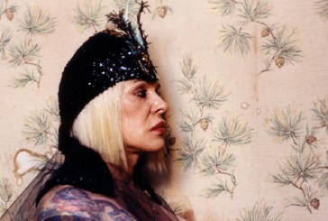 Genesis Breyer P-Orridge il Pandrogino. S/he is still her/e