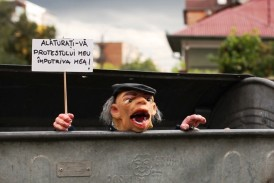 Videozoom: Romania. Minoranze Legali/Riti Urbani